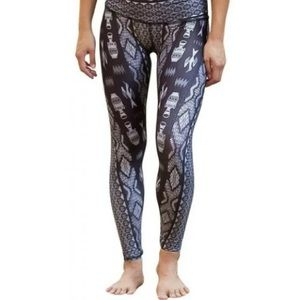 Teeki Yoga Leggings Diamond Tribe Small USA